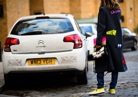 8434-Le-21eme-Adam-Katz-Sinding-After-Christopher-Kane-Vodafone-London-Fashion-Week-Fall-Winter-2015-2016_AKS1031