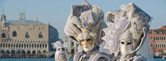 RTEmagicC_Carnevale_Venezia_-_Vesilvio__shutterstock.jpg