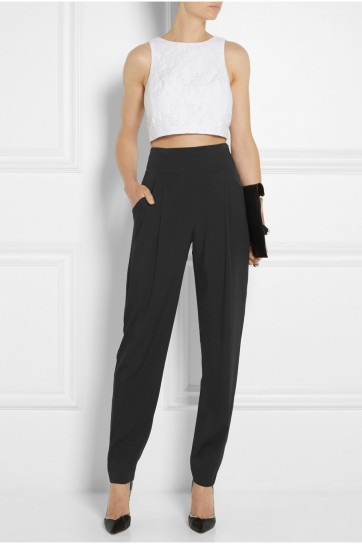 pantaloni-a-vita-alta-e-crop-top